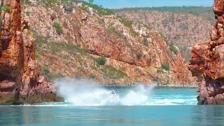 Crazy boat ride through the Horizontal Waterfalls ► All 4 Adventure TV