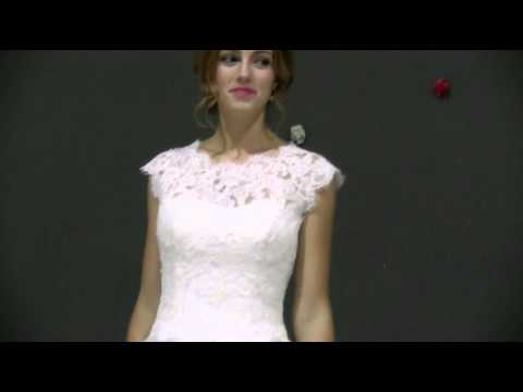 Amazing Tulle Jewel Neckline A-line Wedding Dress With Lace Appliques - Adasbridal (WWD14582)