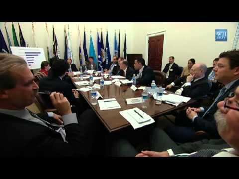 Forum on Modernizing Government: Transforming Customer Service 1