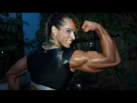 Candy Canary Huge Female Bodybuilder from YouTube · Duration:  26 seconds
