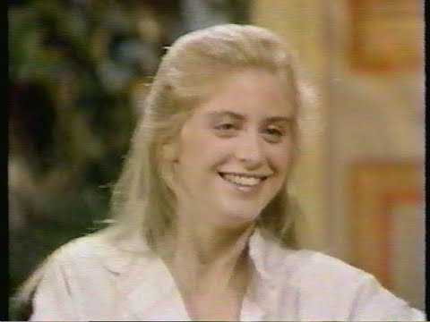 SUPERGIRL Helen Slater s on GMA and ET 1984
