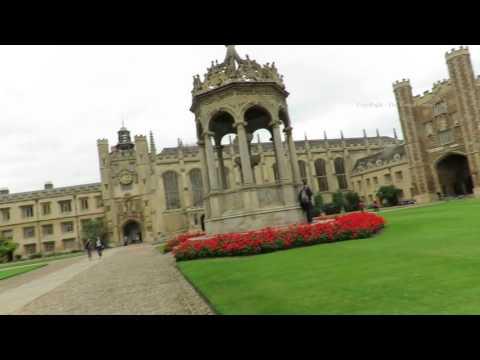 Walk around Trinity College Cambridge in England 5