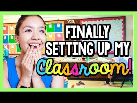 Finally Setting Up My Classroom!  | Teacher Vlog Ep. 3