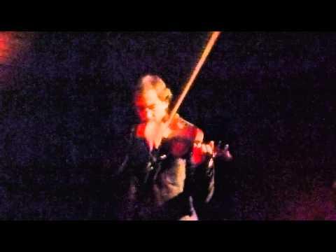 Viaggio al centro del violino - Conversing