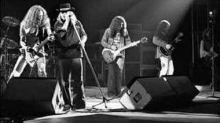 Watch Lynyrd Skynyrd Crossroads video