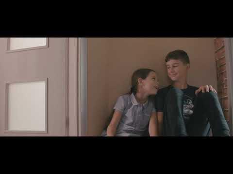 NEDÍVAJ SA TAK - Peter Bič Projekt - acoustic cover by Lilinka and soYmartino