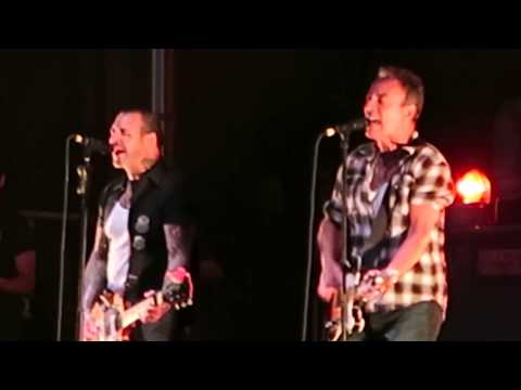 Amanda J - Springsteen Joins Social Distortion for Surprise Performance in New Jersey