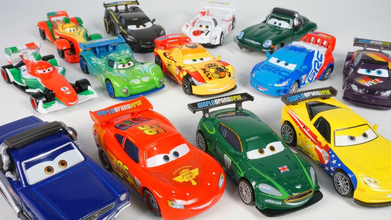 COMPLETE SET DISNEY PIXAR CARS WORLD GRAND PRIX RACERS 2016 LIGHTNING MCQUEEN RIP FRANCESCO