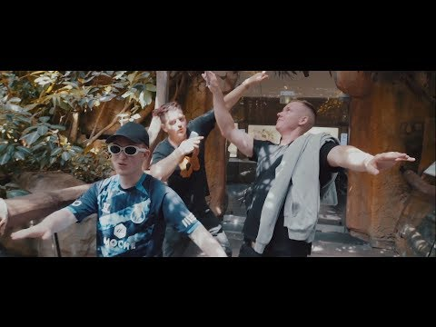 Hugo Nameless - BLAUWAL feat. Anker & Fruchtmax (prod. by Don Dollar)