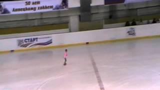 Юный фигурист Кристик 6 лет
