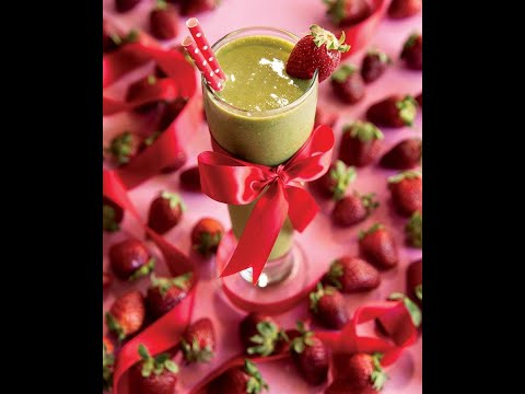 DETOX RECIPE: Grown Up Strawberry Banana Smoothie