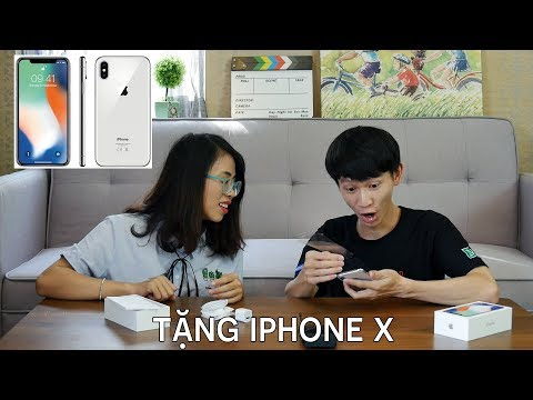 PHẢN ỨNG CỦA TIỂU BẢO BẢO THÚI KHI ĐƯỢC TẶNG IPHONE X