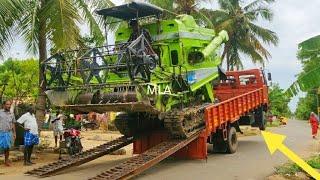 Kartar Combine cutting of rice harvesting machine Stunt in mud | Kartar Combine | Come For Village |