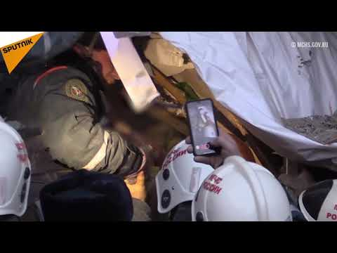 Ratownicy wydobyli 11-miesięczne dziecko spod gruzów bloku w Magnitogorsku