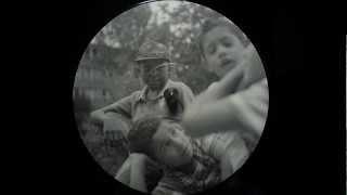 e26quent - Ein Monster - Gebrochenes Deutsch (2012)
