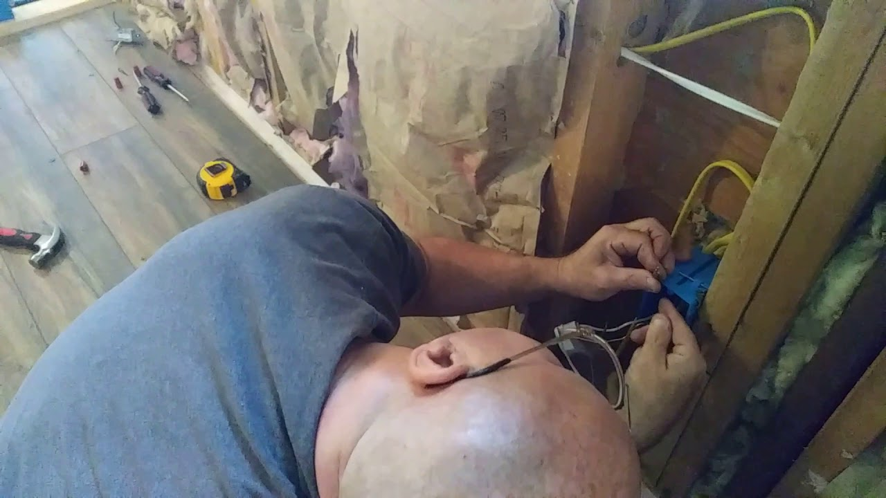 Wiring Wall Outlets With Pigtails In The Usa Youtube
