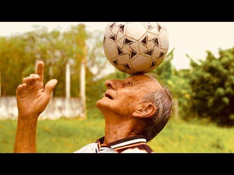 Il calciatore più VECCHIO ad aver debuttato ai MONDIALI (con SICKWOLF)