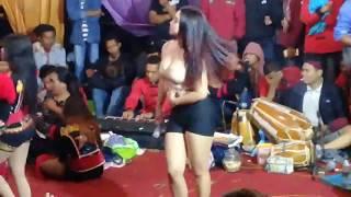 Konser Dangdut Koplo DESI TATA  Ndolalak Dewi Arum - Wonosobo part-1
