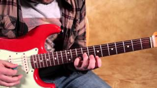 How to Play Walk by The Foo Fighters - Dave Grohl - Rock Guitar Lessons