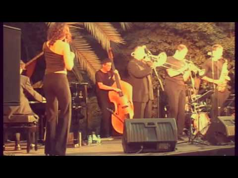 """""""Nobody knows you when you´re down and out"""" La Vella Dixieland feat. Marian Barahona"""