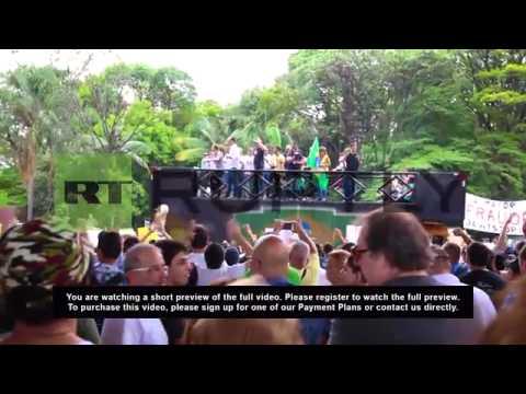 """Brazil: Thousands rail against victorious """"socialist-communist"""" Dilma Rousseff"""