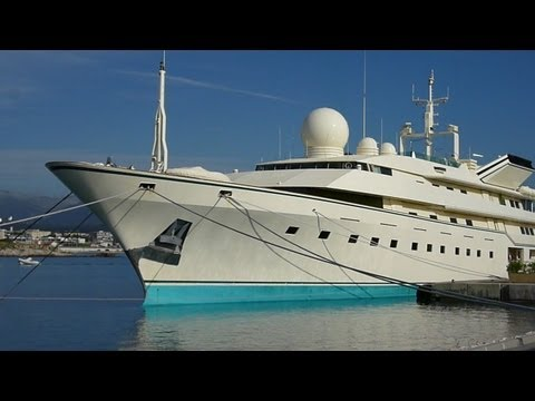 **BIGGEST LARGEST most EXPENSIVE MEGA YACHT** private in the world.french travel trip