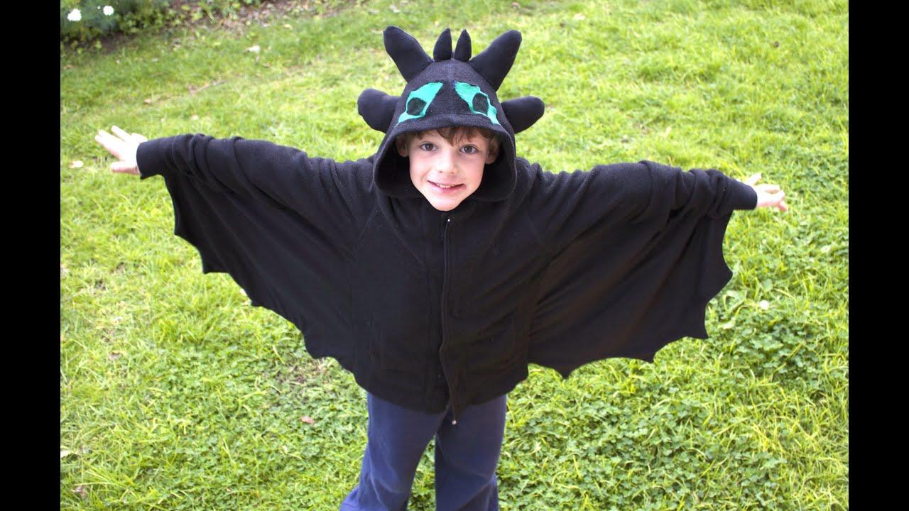 Homemade toothless costume youtube homemade toothless costume solutioingenieria Images