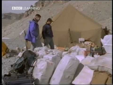 Lost On Everest - The Search For Mallory & Irvine. 1/5
