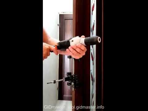 Шаблон-кондуктор для врезки механизма дверного замка.