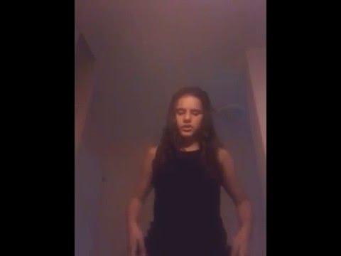 Indila tourney Dans le vide (aneta karaoke)