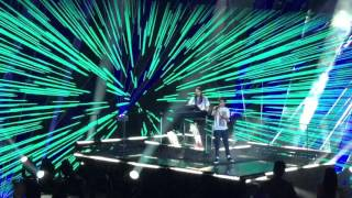 Louis Tomlinson & Steve Aoki - Just Hold On X Factor Final 2016