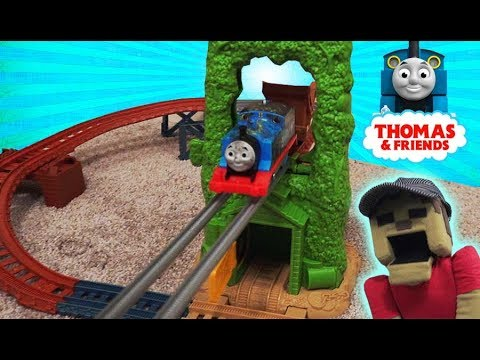 Thomas & Friends Adventure Playset TrackMaster Motorized Railway Scrapyard Escape Toy Fisher-Price