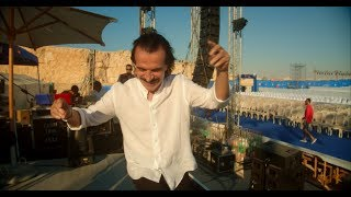 "Yanni: Happy Times in Egypt: ""Rainmaker"""
