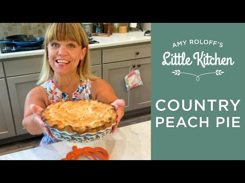 amy-roloff-making-country-peach-pie