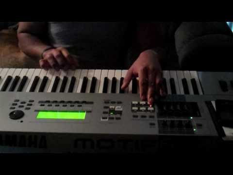 Polynesian Scott Storch Making A Hip Hop Beat (50 Cent) !!