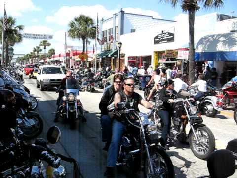 Main Street Daytona bike week 2009