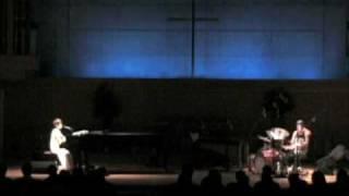 6/5 品川教会ライブにおいて。 タテタカコ+石橋英子による演奏。