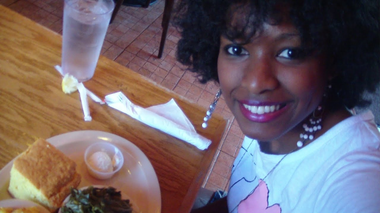 Roscoe's Chicken' n Waffles: American Eatery