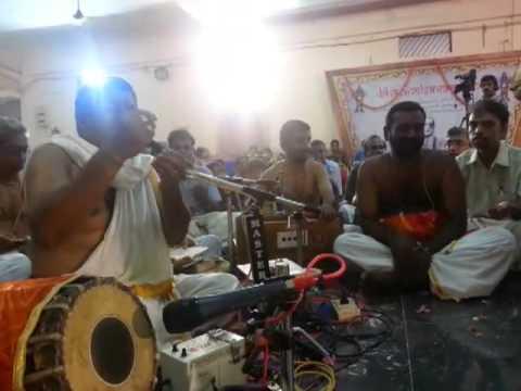 006 Abhang - Sri AVK Rajasimma Bhagavathar (SitaKalyanam) - Kalpathy Bhajanotsavam 2013