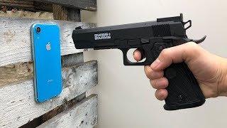 iPhone XR vs 4,5mm Steel BB Gun