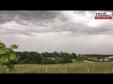 Vidéo. Vienne. Arrivée de l'orage dans le sud