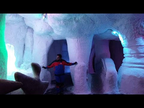 Snow in UAE | Ski Dubai in the Mall of Emirates | Escape summer temperatures by being chilled