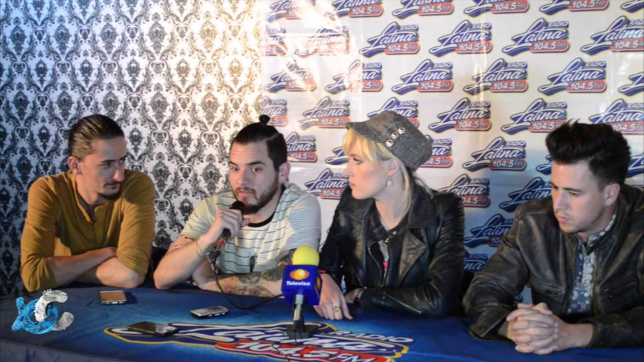 Jenny and the mexicats Radio Latina 104.5 - YouTube