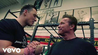 Andreas Gabalier - Pump It Up (The Motivation Song) ft. Arnold Schwarzenegger