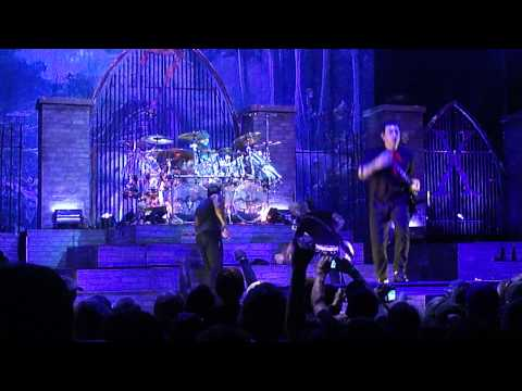 Avenged Sevenfold - Beast and the Harlot Live @ Rockstar Uproar Festival Houston Texas 2010