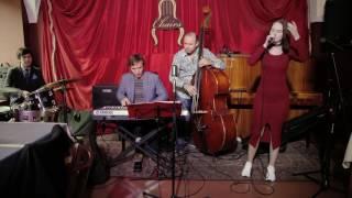 """16. Юлия Снежик: выступление в джаз-баре """"48 стульев"""" (18.09.16)"""