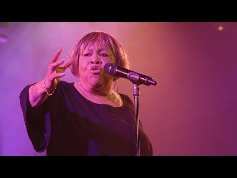 """Mavis Staples - """"No Time For Cryin'"""" (Live)"""