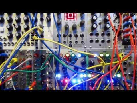 Richard Devine: IDOW Extended Interview #8 (Analog Voodoo Effect)