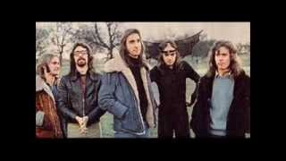 Genesis - The Carpet Crawlers with Lyrics [studio version]