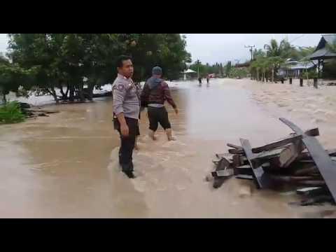 Banjir desa maniala dan desa boilan kecamatan tiloan minggu 04 juni 2017